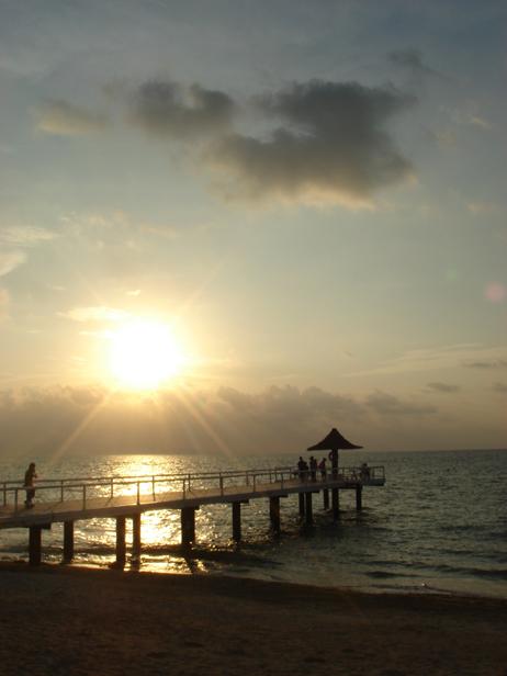 石垣島の夕焼け海